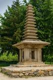 Antyczni 13 piętrowa kamienna pagoda Jeonghyesa miejsce w Gyeongju mieście, korea południowa obrazy royalty free