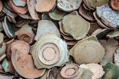 Antyczny łamający ceramiczny obrazy royalty free