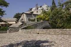 Antyczny brukowa kwadrat w Mostar Obraz Stock