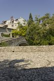 Antyczny brukowa kwadrat w Mostar Zdjęcia Stock