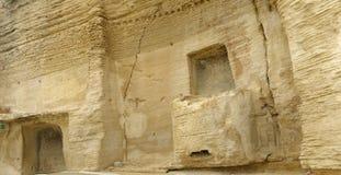 Antyczny cella w Romańskiej świątyni obraz stock