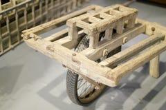 Antyczny chiński wheelbarrow zdjęcie stock