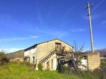 Antyczny dom na wsi Zdjęcia Royalty Free