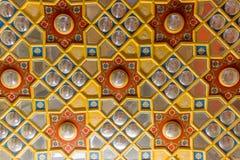 Antyczny drewno rzeźbiący sufit w India Obraz Stock