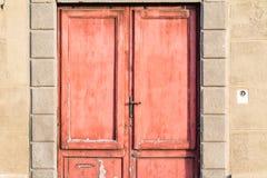 Antyczny drzwi w głównej ulicie Pisa, Włochy Obraz Royalty Free