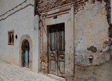 Antyczny drzwi w ulicie wschodnie miasto Obraz Stock
