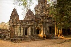 Antyczny Entryway tarasem słonie w Angkor Thom obraz royalty free
