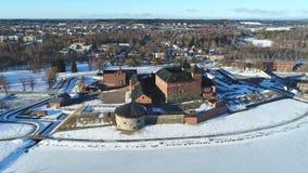 Antyczny forteca na tle miastowa krajobrazowa antena Hameenlinna zdjęcie wideo