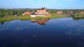 Antyczny forteczny miasto Hameenlinna Vanajavesi i jezioro, Lipa popołudnie Finlandia zdjęcie wideo