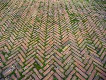 Antyczny herringbone brickwork Zdjęcia Royalty Free