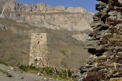 Antyczny kamieniarstwo w górach obraz stock
