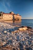 Antyczny kamienny miasteczko morzem fotografia royalty free
