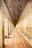 Antyczny kamienny przejście Angkor Wat świątynia, Kambodża Obrazy Royalty Free