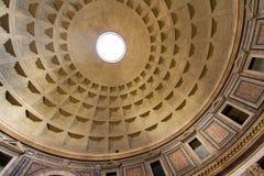 Antyczny kopuła sufit: Panteon zdjęcie royalty free