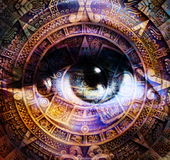 Antyczny Majski kalendarz i kobieta my przyglądamy się, abstrakcjonistyczny koloru tło, komputerowy kolaż Oko w okręgu świetle Fotografia Stock