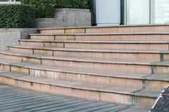 Antyczny marmurowy schody, czołowy widok Stary schody Zdjęcie Stock