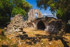 Antyczny miasteczko Butrint, Buthrotum - turystyczny przyciąganie w Albania zdjęcia stock