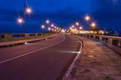 Antyczny miasteczko Nesebar UNESCO - ochraniający Droga, nocy światła, wiatraczek zdjęcie royalty free