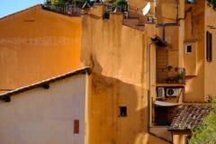 Antyczny mieszkaniowy kamienia dom w centrum Rzym Włochy Fotografia Stock