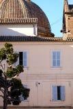 Antyczny mieszkaniowy kamienia dom w centrum Rzym Włochy Zdjęcie Stock
