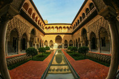 Antyczny pałac w Seville obrazy royalty free