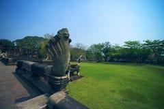 Antyczny przy Phimai Dziejowym parkiem, Tajlandia Zdjęcia Stock