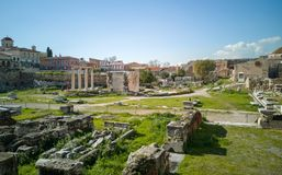 antyczny rynek w Athens centrum, ruiny rynek daje wizerunkowi jak ono był z powrotem w czasie obraz royalty free