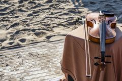 Antyczny skrzypce kłaść fotografia royalty free