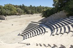 Antyczny theatre, stadium, mały marmurowy odeon z siedzeniami i schodek w okręgu, kształtujemy fotografia stock