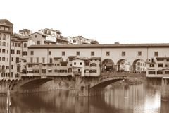 Antyczny wizerunek Arno rzeka i Ponte Vecchio w Florenc Obrazy Stock