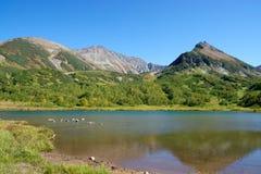 Antyczny wulkan i jezioro Fotografia Royalty Free