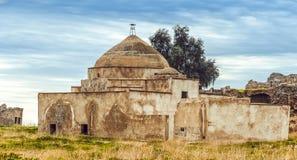 Antyczny zaniechany meczet w Irak obrazy stock