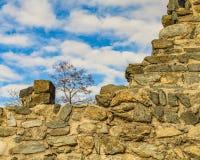Antyk Łamający Kamienny budynek zdjęcia royalty free