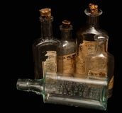 antyk butelkuje medycyny receptę Zdjęcia Royalty Free