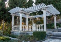 Antyka ogrodowy meble na tarasie Zdjęcia Royalty Free