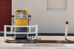 Antyka paliwa stacja Zdjęcia Stock