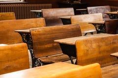 Antykwarscy biurka w szkoła domu Zdjęcie Stock