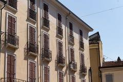 Antykwarscy budynki w bocznej ulicie Obrazy Royalty Free