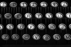 Antykwarscy maszyna do pisania klucze fotografia royalty free