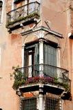 Antykwarscy okno w Wenecja Obraz Royalty Free