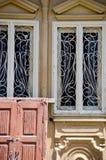 Antykwarscy ozdobni drzwi Zdjęcia Stock