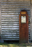 antykwarska benzynowa pompa Obrazy Royalty Free