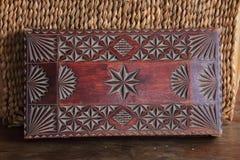 Antykwarska drewniana ręcznie robiony szkatuła Zdjęcie Stock