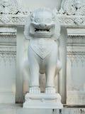 antykwarska opiekunu lwa rzeźby świątynia Fotografia Stock