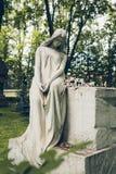 Antykwarska statua kobieta na grobowu Obraz Royalty Free