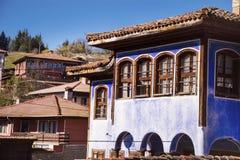 Antykwarski błękitny odrodzenie dom fotografia stock