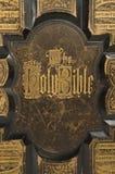 Antykwarski biblii pokrywy tekst Zdjęcia Royalty Free