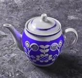 Antykwarski ceramiczny teapot zakończenie zdjęcie royalty free