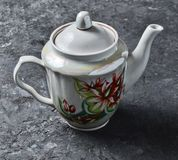 Antykwarski ceramiczny teapot zakończenie z wzorami fotografia royalty free