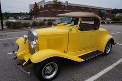 Antykwarski Chevy rocznika Coupe samochód Zdjęcia Stock